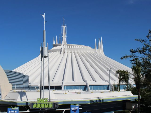 Attraction Focus: Space Mountain