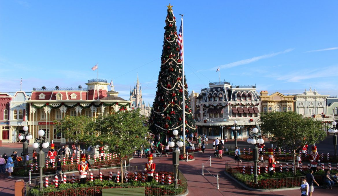 Check The Calendar! Special Events and Holidays Can Make Your Disney Stay Even More Fun!