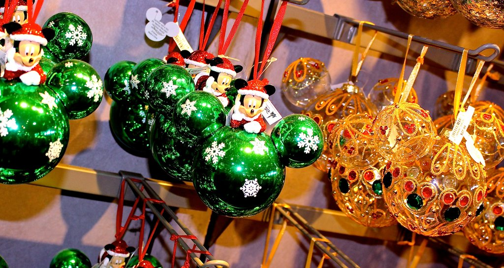5 Disney-Christmas Fun Facts