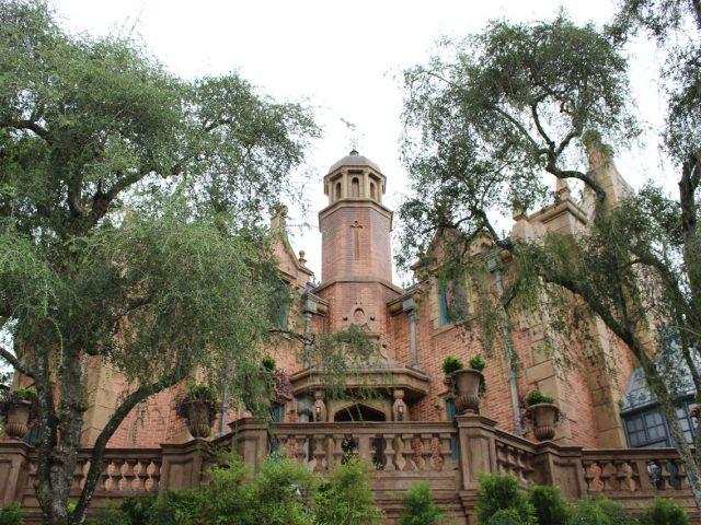 Attraction Focus: Haunted Mansion